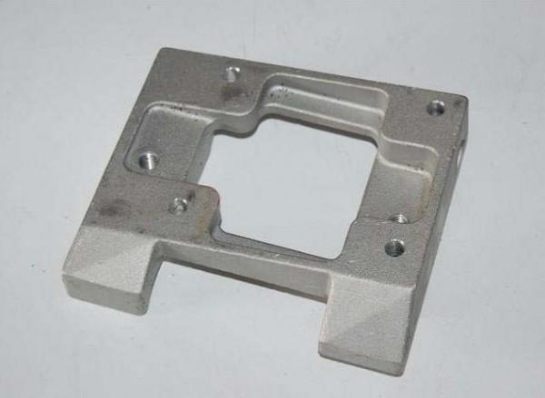 Motorbock 28/30mm Magnesium gebohrt 80x102