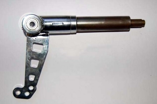 Achsschenkel rechts Ø25mm Zapfen/12°/Ø8mm Bolzen/hart TOP-Kart